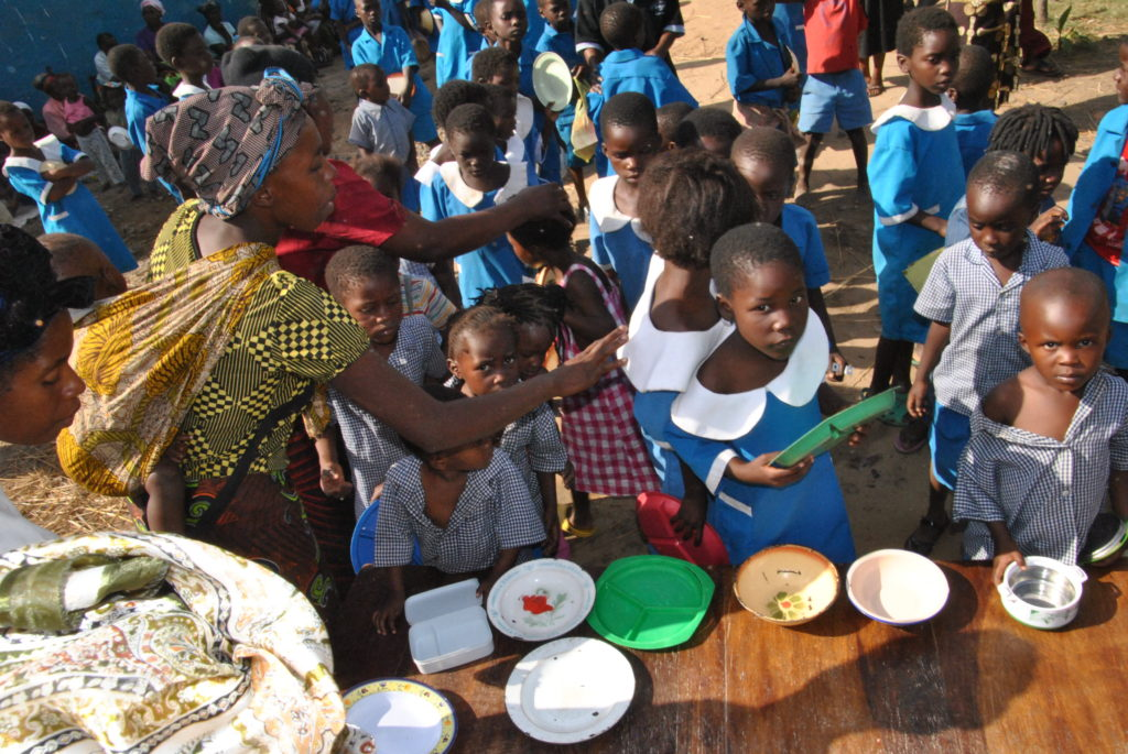 Africa Anthony Robbins Foundation Feeding 1,100 Children