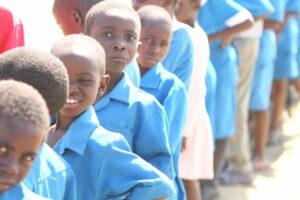 Africia-Anthony-Robbins-Foundation-feeding-the-children